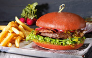 Red Love Burger mit Baconpatty
